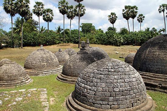 Stupas Of Kadurugoda