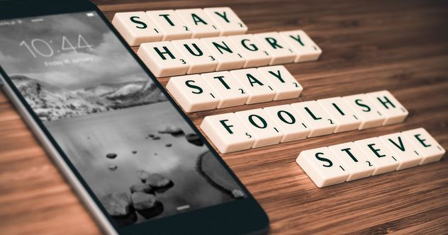 Stay Hungry Stay Foolish Smartphone